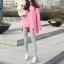 เสื้อยืดตัวยาว สีชมพูหวาน แต่งซิปด้านข้าง ชายเสื้อด้านหน้าสั้น ด้านหลังยาว thumbnail 5