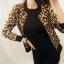 เสื้อแจ็คเก็ต ผ้ากำมะหยี่พิมพ์ลาย Leopard สีน้ำตาล thumbnail 5