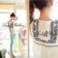 Lady Ribbon เสื้อตัวยาวปักครอสติส แขนตุ๊กตา สีขาว สีกรมท่า thumbnail 9
