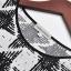 Cherry Dress เสื้อเว้าไหล่ พิมพ์ลายกราฟฟิก สีดำ thumbnail 7