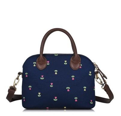 กระเป๋าถือสะพายข้างยี่ห้อ Super Lover ดอกไม้ญี่ปุ่น (Pre-Order)
