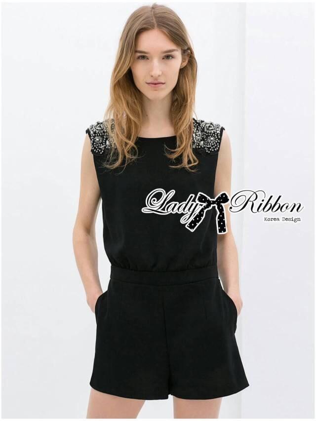 Lady Ribbon เพลย์สูทขาสั้นสีดำประดับเลื่อมและลูกปัด