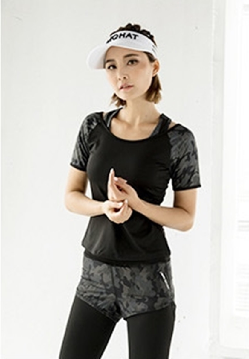 เสื้อยืดสำหรับออกกำลังกาย Camouflage Quick Dry