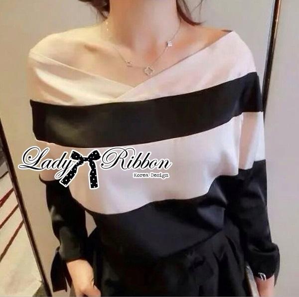 Lady Ribbon เสื้อปาดไหล่พิมพ์ลายทางประดับโบช่วงแขน
