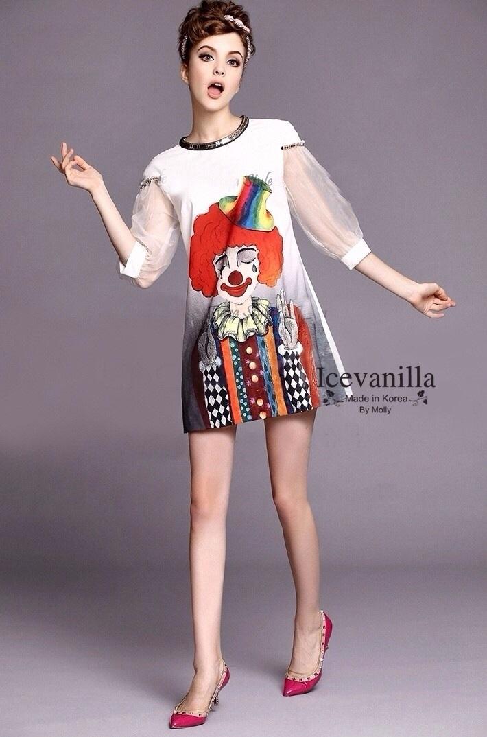 Icevanilla เดรสแต่งเลื่อมและหมุดทอง แขนผ้าแก้ว