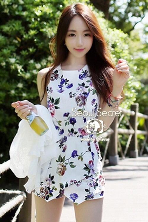 Seoul Secret Lovely Bloom Bloom Print Jumpsuit