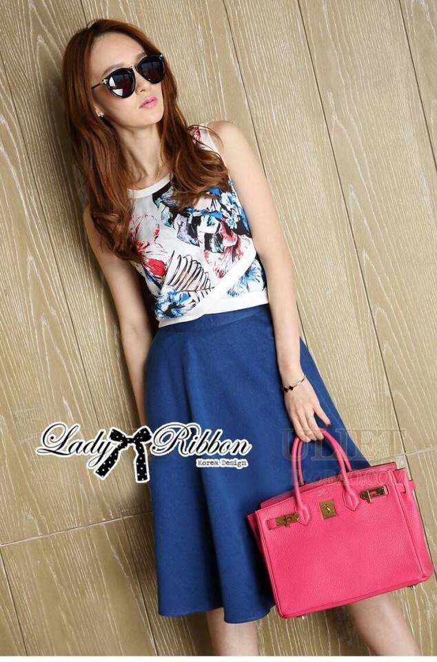 Lady Ribbon Graphic Print Crop Top and Denim Midi Skirt Set