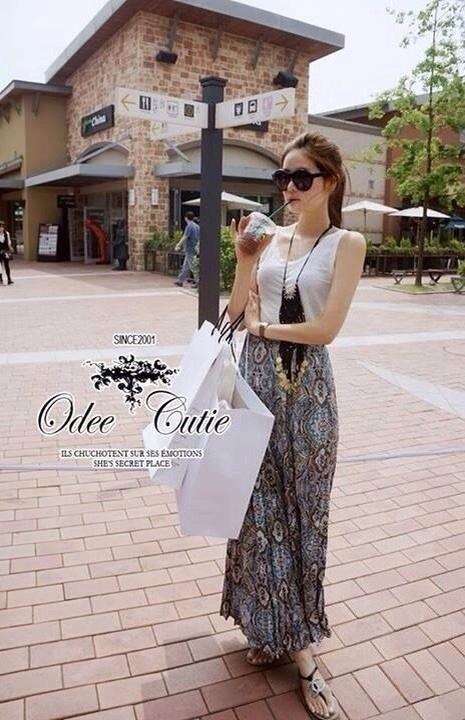 Odee Cutie ชุดเซ็ทเสื้อแขนกุด กระโปรงยาวผ้าชีฟอง