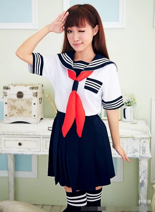 ชุดนักเรียนญี่ปุ่นแฟนซี เสื้อคอปกกะลาสี แต่งแถบขาวที่ปกและแขน และอก กระโปรงจีบรอบ ผ้าพันคอสีแดง (พร้อมถุงเท้าเข้าชุด)