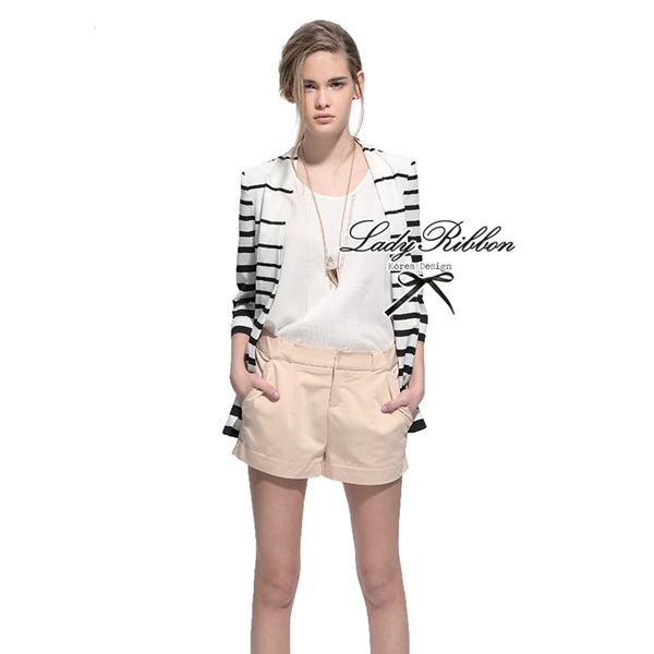 Lady Ribbon Striped Blazer เบลเซอร์ลายทางขาวดำ สุดชิค