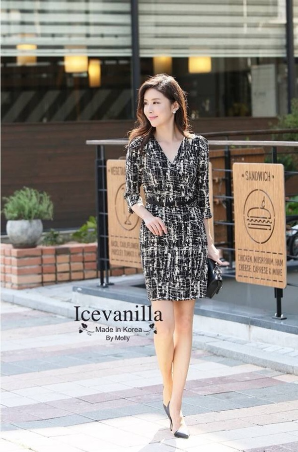 IceVanilla Modern Lines V-neck Dress with Belt