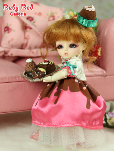 Honee-B, Chocolate Dolly