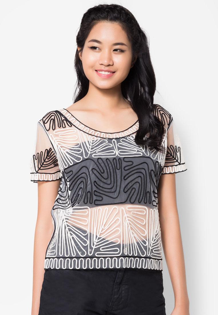 เสื้อเบลาส์ See-Through Monochrome Embroidered