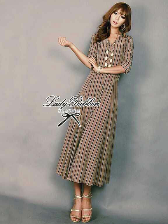 Lady Ribbon Stripe Maxi Dress แม็กซี่ลายทาง โทนสีน้ำตาล