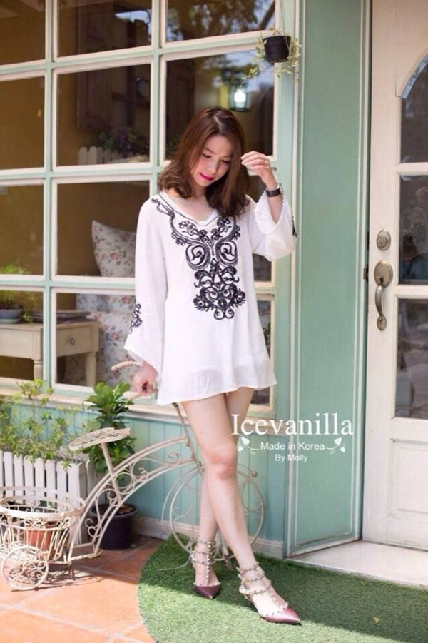 IceVanilla Diamonds Stitch Vintage Embroidery Minidress