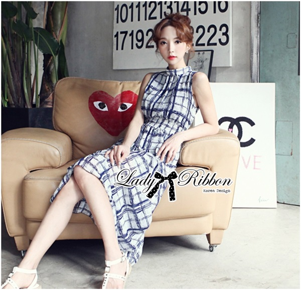 Lady Ribbon Maxi Dress เดรสยาว ผ้าพิมพ์ลายตาราง