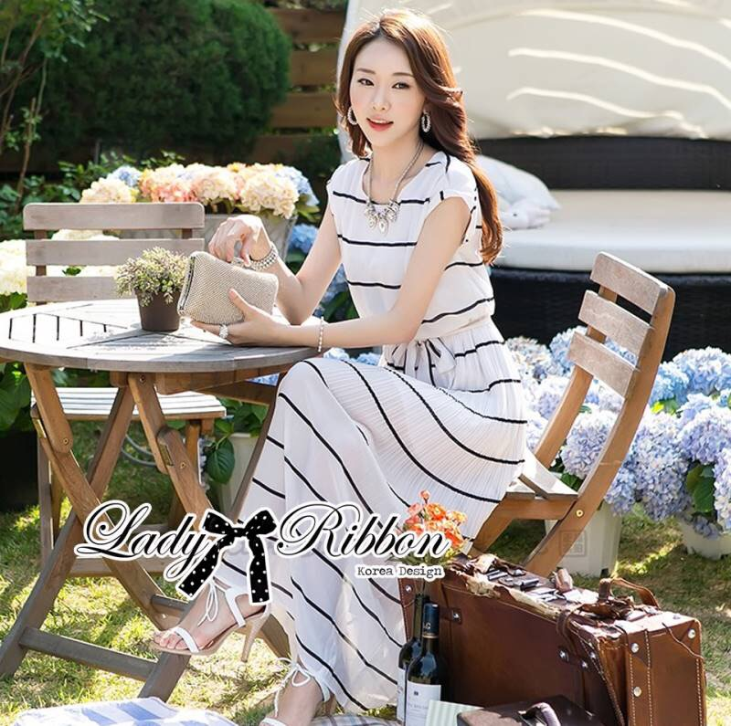 Lady Ribbon White Stripe Pleatpleats Maxi