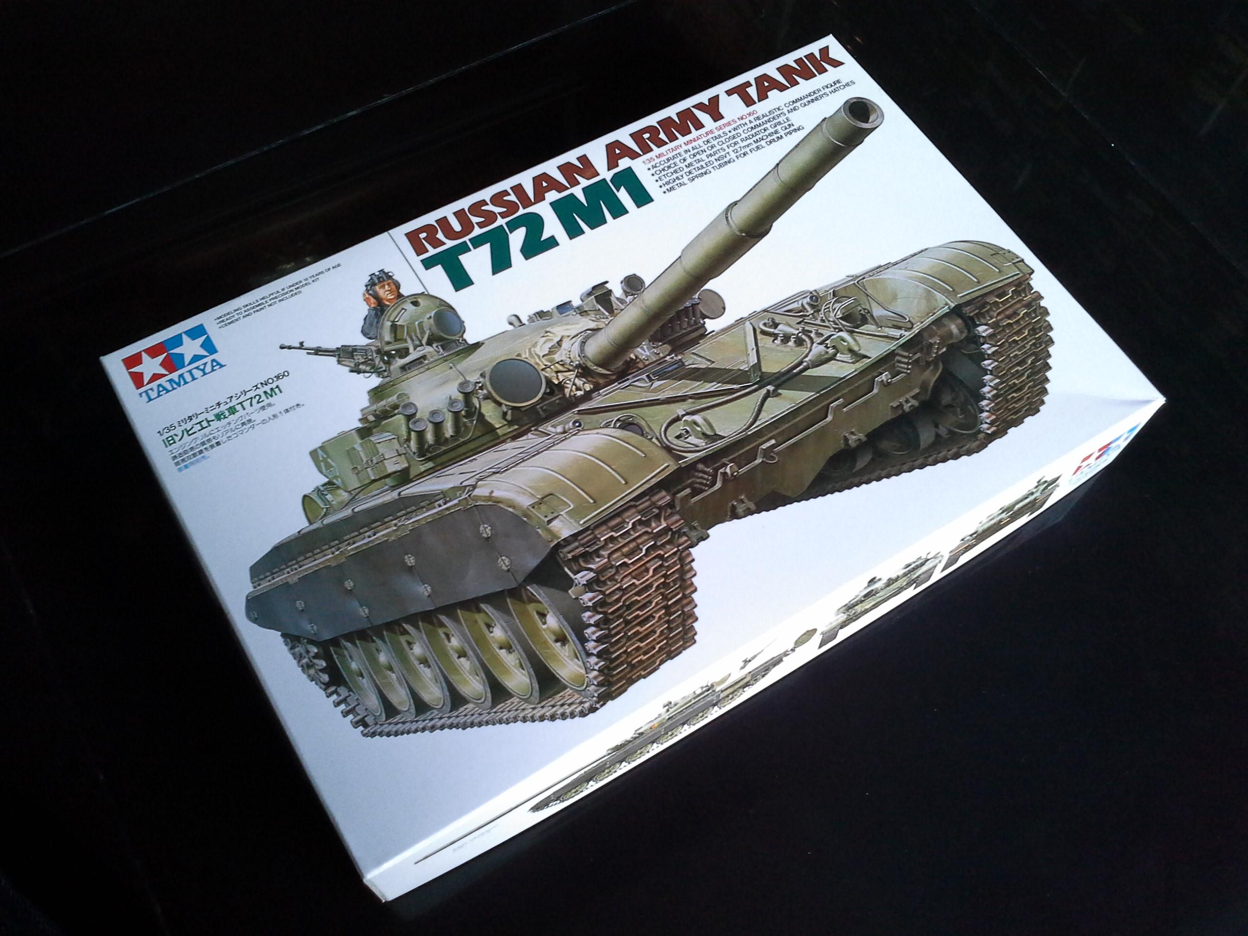 TA35160 Russian Army Tank T72M1 1/35