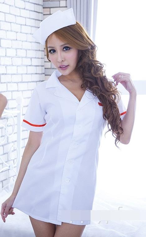 ชุดพยาบาลเซ็กซี่แฟนซี่ สีขาวแต่งแถบสีแดง เดรสสั้นคอปกเชิ้ต กระดุมผ่าหน้า ด้านหลังเปิดโชว์ช่วงหลัง
