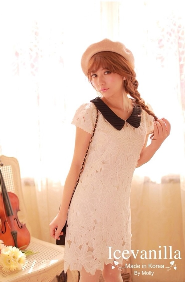 IceVanilla Floral Short Sleeve White Lace Dress
