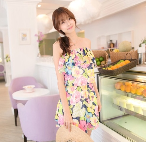 Mayuki Minidress ปาร์ตี้เดรส เกาะอก เอวยางยืด ผ้าชีฟอง ลายดอกสีแซ่บ