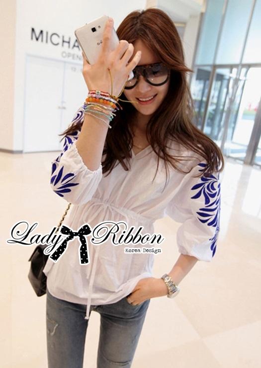 Lady Ribbon เสื้อเชิ้ตคอสม็อคปักลายสไตล์ minimal