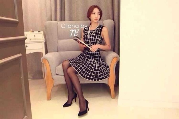 Black & White Tartan Mini Dress มินิเดรสแขนกุด ลายตาราง
