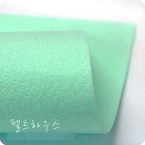 ผ้าสักหลาดเกาหลีสีพื้น hard poly colors 924 (Pre-order) ขนาด 90x110 cm/หลา