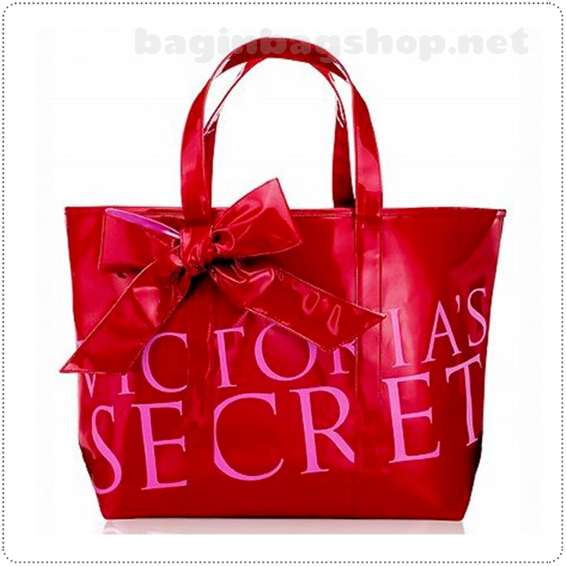 &#x2764️ Victoria's Secret Red Runway Tote