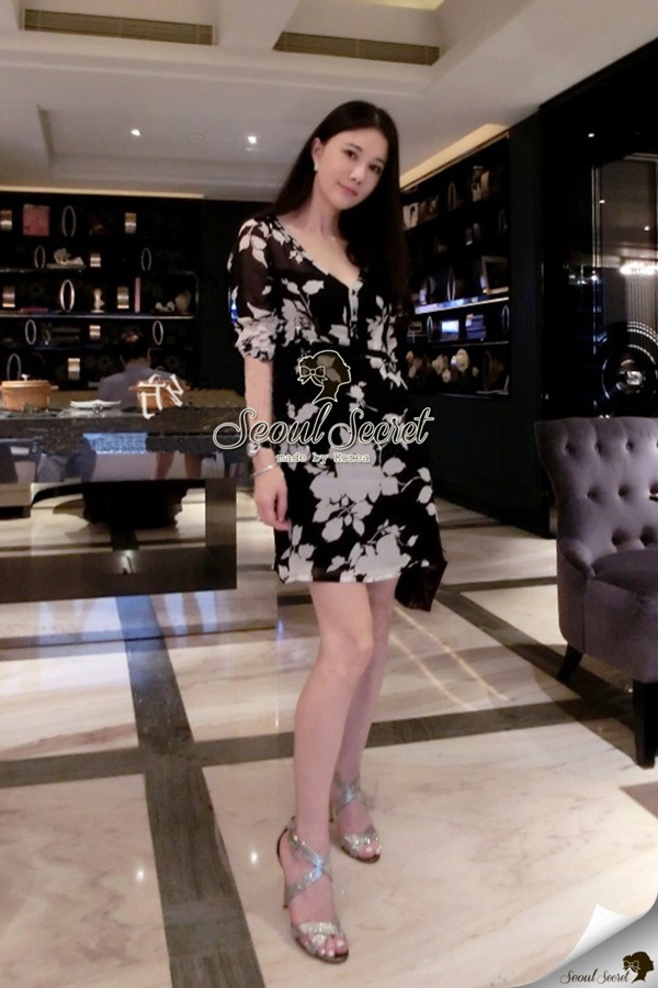 Seoul Secret Black Dinner Dress