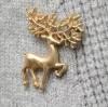 เข็มกลัดรูปกวาง Golden Reindeer