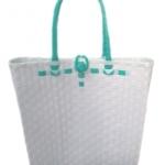 กระเป๋า ก้นเหลี่ยม หูสีเขียวมิ้นต์ (AU-F9)ขนาดโดยประมาณ กว้าง 10 cm.ยาว 35 cm.สูง 34 cm.