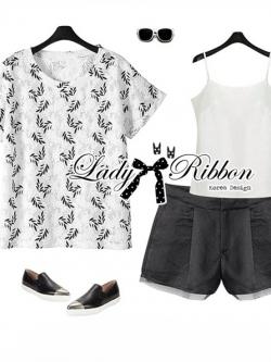 Lady Ribbon Set ชุดเซ็ตเสื้อพิมพ์ลายและกางเกงขาสั้นสไตล์สบายๆ