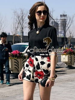 Seoul Secret Set Black Blouse with Blossom Pants