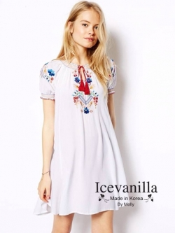 Icevanilla Embroidered White Dress