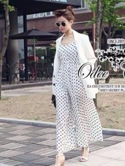 Odee Cutie Black&White Polka Dot Jumpsuit จั๊มสูทขายาว ลายจุด
