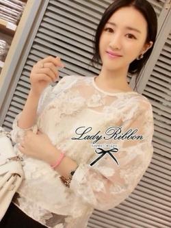 Lady Ribbon Floral Organdy Blouse เสื้อ ผ้าแก้วพิมพ์ลายดอกไม้ พร้อมเสื้อตัวใน