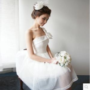 (เช่าชุดราตรี-สุขุมวิท105) ชุดแต่งงาน <สีขาว> รหัสสินค้า LS-WDS0076
