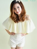 Bloomy Gal Top : Cream