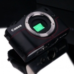 Gariz Leather Half-case for Canon EOS-M : Black/Red