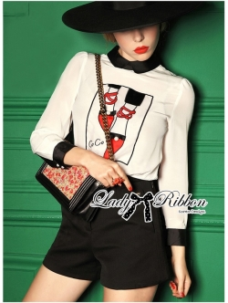 Lady Ribbon Preppy Print Back-Botton Top and Shorts Set